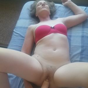 Hot Milf showing off her wet cunt