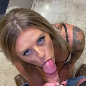 Blond gf Gets Slutty at Hotel Creamy Pussy