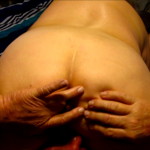 Fingers in her ass more the merrier.mp4
