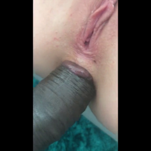 Hot GF takes BBC in the ass.mp4