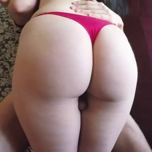 Amateur wife with round ass fucked