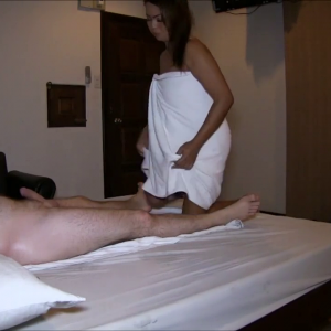 Massage and fucking asian slut