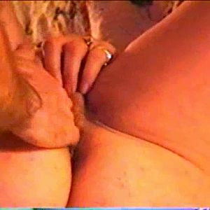 MASTURBATE AND FINGERFUCK AND EATING PUSSY.wmv